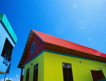 Сочетание цветов в любой постройке – очень важный элемент