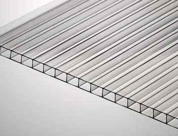 Поликарбонат во все большем количестве используется в строительных и иных работах