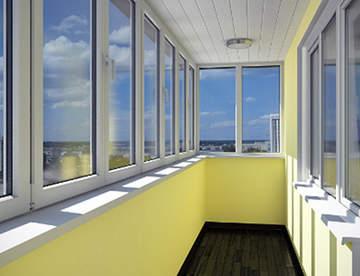 Остекление балконов с помощью металлопластиковых конструкций