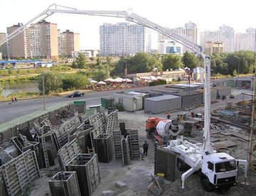 Использование бетононасоса помогает сократить трудозатраты