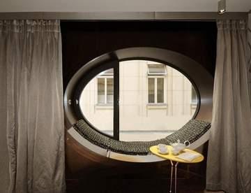 Круглые окна в интерьере жилых помещений