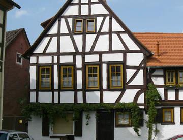 Фахверковый дом: история, технология, конструкция