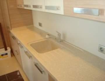Кухня и шкаф-купе - необходимые составляющие вашей квартиры