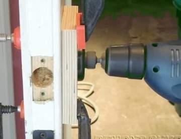 Замена врезного замка в деревянной двери