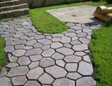 Что выбрать - тротуарную плитку или асфальт?