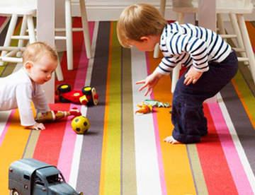 Преимущества использования ковролина в детской комнате