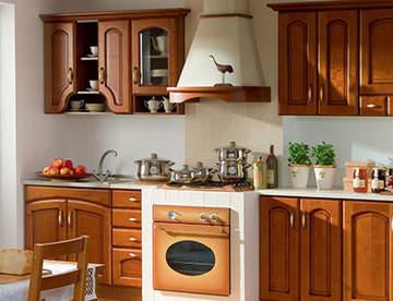 Кухни из дерева: главные достоинства и недостатки