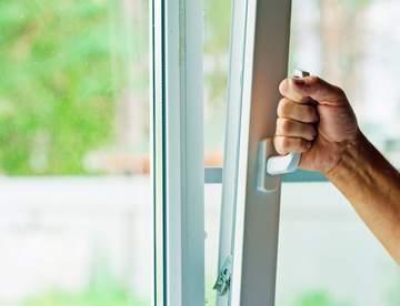 Качественные ПВХ-окна – комфортный микроклимат в помещении