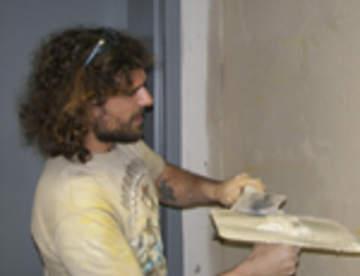Штукатурка в отделке: цементная или гипсовая
