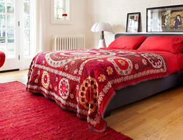 Постельное белье в стиле интерьера спальни