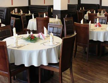 Столы в ресторан: параметры отбора