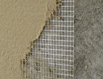 Как можно заштукатурить углы стен