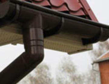 Как отвести воду с крыши? Обзор водосточных систем