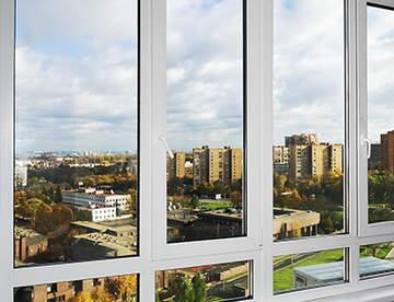 Теплое и холодное остекление балконов — что выбрать?