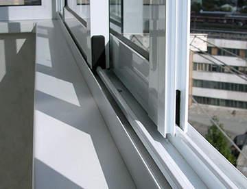 Остекление лоджий и балконов с помощью алюминиевых конструкций